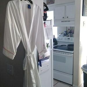 Apt 9 bathrobe